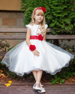 Piękna sukienka z tiulem 122-152 Carmen ecru