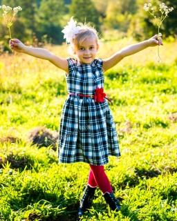 Sukienka dziewczęca z kwiatkiem 74 - 140 Amanda kratka