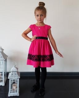 Sukienka z ozdobnym pasem 62-152 Joanna fuksja