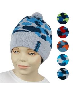 Chłopięca czapka moro z pomponem 48-50 GBO-03 mix
