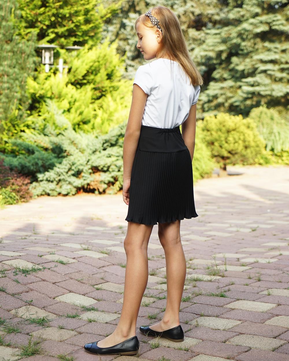 Stylowa plisowana spódnica czarna