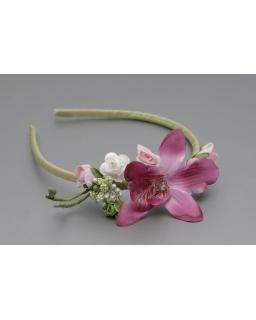 Opaska z dużym kwiatem i koralikiem OP74