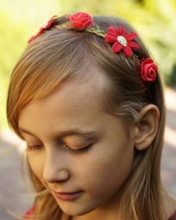 Opaska z czerwonymi kwiatkami na gumce LP23 czerwony