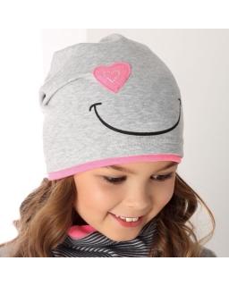 Dziewczęca przejściowa czapka z uśmiechem 48-50 AJS/36-096