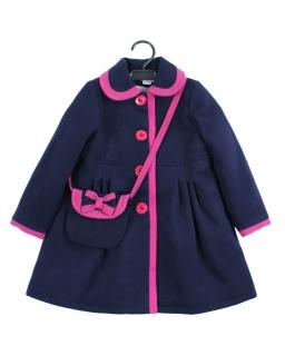 Flauszowy płaszcz dla dziewczynki z torebką i różowymi obszyciami