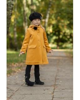 Płaszcz jesienno-zimowy dla dziewczynki zapinany na guziki z kapturem