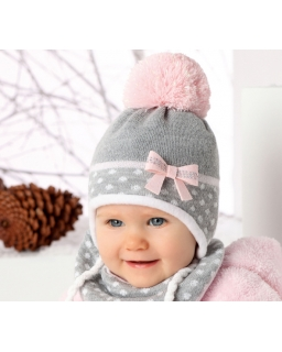 Ciepła zimowa czapka wiązana pod szyją z chustką