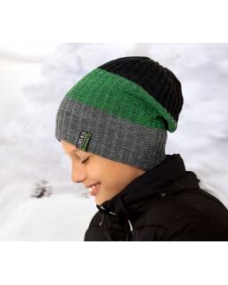 Zimowa czapka w pasy dla chłopca