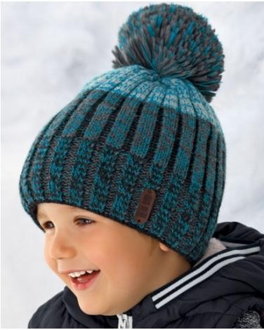 ce5d48defe0501 Zimowa czapka w pasy dla chłopca z pomponem oraz polarem w środku