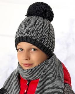 Zimowy zestaw chłopięcy czapka z pomponem i szalik