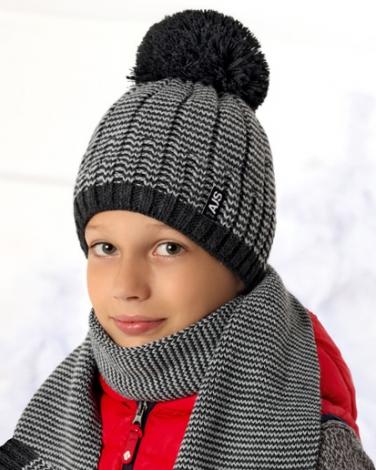 4f3cbef32f1927 Zimowy zestaw chłopięcy czapka z pomponem i szalik