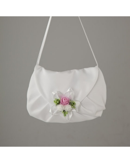 Biała torebka komunijna dla dziewczynki z kolorowym bukiecikiem