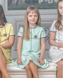 Sukienka dla dziewczynki prosta i elegancka