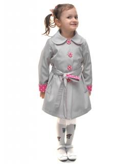 Modny płaszczyk dla dziewczynki z wiązanym paskiem