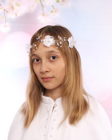 Biała gałązka komunijna z kwiatami i perełkami dla dziewczynki 1