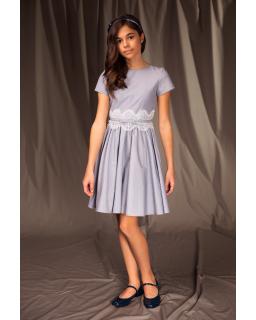 Rozkloszowana sukienka wizytowa 122-158 17A/J/19 niebieska 1