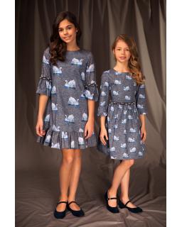 Dziewczęca sukienka z falbankami 128-158 19A/J/19 szara 1
