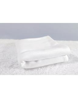 Biały ciepły kocyk do chrztu, łóżeczka lub wózka KOC-2
