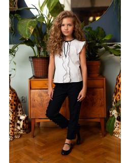 Elegancka bluzeczka z delikatnym żabotem 128-158 123/S/20T biała