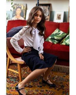 Elegancka szkolna bluzka z koronkowym rękawem 134-164 124/S/20 biała