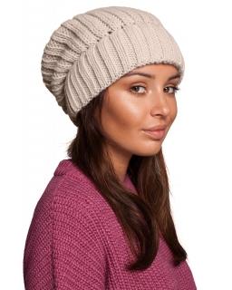 ZiJesienno-zimowa czapka dla mamy BK058 beżowa