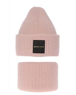 Modny zestaw na zimę czapka i komin AGB/3452 różowy