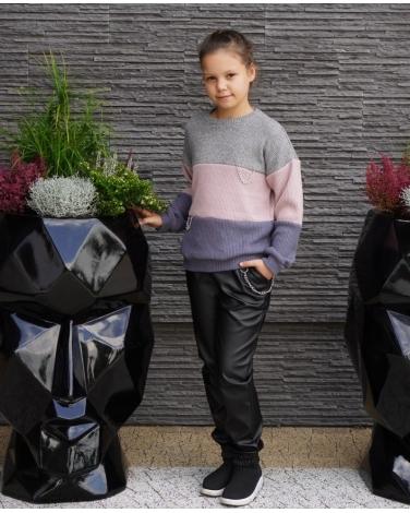 Sweter w pasy z łańcuszkiem 134-164 Basia odcienie fioletu