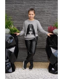 Sweter z literką A i frędzlami 134-164 Asia popielaty