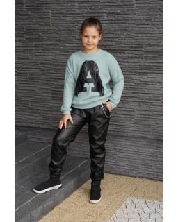 Sweter z literką A i frędzlami 134-164 Asia morski