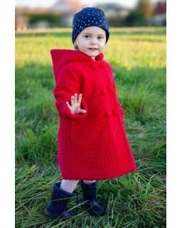 Ocieplany płaszcz z kapturem 86-122 Elody czerwony